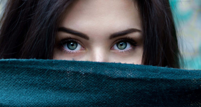 hybrid-eyelash-extensions